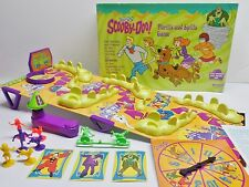 VINTAGE SCOOBY DOO CARTOON THRILLS AND SPILLS GAME  PRESSMAN 1999