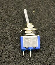 1 X (1 pice) Miniature Toggle Switch SPST On-Off TA101A (L4021)