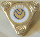 LEEDS UNITED Vintage insert type badge Maker COFFER London Brooch pin 37mm x 34m