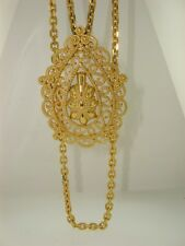 VINTAGE CROWN TRIFARI TWO STRAND GOLD TONE  FILIGREE PENDANT NECKLACE! NEAR MINT