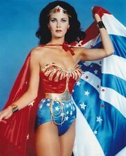 Lynda Carter UNSIGNED photo - 2798 - Wonder Woman