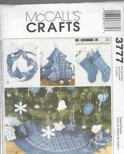 McCALL'S SEWING PATTERN CHRISTMAS DECORATIONS TREE CENTERPEICE WREATH STAR M3777