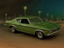 1969 69 CHEVY CHEVELLE COLLECTIBLE 1/64 SCALE DIECAST MODEL DIORAMA OR DISPLAY