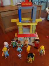 Bob the Builder Construction tower plus 8 figures wheelbarrow & blocks