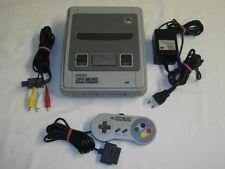 Super Nintendo SNES Konsole + alle Kabel + Controller