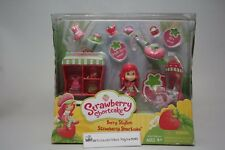STRAWBERRY SHORTCAKE BERRY STYLISH MINI STRAWBERRY SHORTCAKE DOLL PLAYSET NIP
