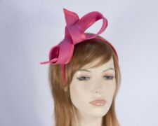 Hot pink fascinator by Max Alexander for Melbourne Cup races. RRP: $79.95