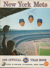 1969 New York Mets Official Yearbook Shea Stadium AUTO Jerry Grote