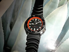 Seiko Men's 7002 Vintage 150 meter Sport Diver Watch with orange chapter ring