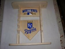 KC Royals mini bat rack holds 3 balls,6 bats & bobble heads READ ADD FEW ERRORS