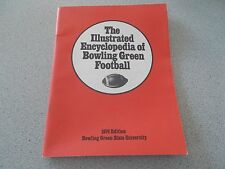 1974 EDITION THE ILLUSTRATED ENCYCLOPEDIA OF BOWLING GREEN FOOTBALL