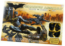 BATMAN VS. LA LIGA DE SOMBRAS SHADOW ASSAULT GAME, STILL SEALED IN ORIG. WRAP