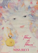 """Publicité Advertising 1982  Parfum """"Fleur de Fleurs"""" de NINA RICCI"""