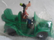 1993 Disney ToonTown GOOFY Driving GREEN CAR WIND-UP Burger King Toy NEW SEALED