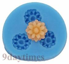 Mini Daisy Silicone Mould for Polymer Clay Super Sculpey Fimo Flower 11mm A113