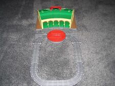 Thomas & FriendsTrain Take Along & Play Tidmouth Sheds Roundhouse Turntable