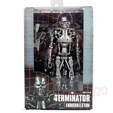 """NECA The Terminator Endoskeleton T-800 with Plasma Rifle 7"""" Action Figure"""