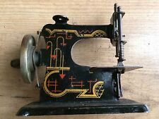 GIOCATTOLO D'EPOCA MACCHINA PER CUCIRE OLD TOY GERMAN BAUHAUS SEWING MACHINE