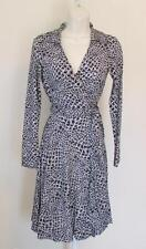 Diane von Furstenberg T72 Dotted Snake Small Black white 2 wrap dress Jeanne DVF
