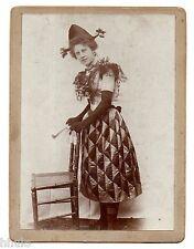 C339 Photographie originale vintage Jeune femme déguisement 1898 Boulogne