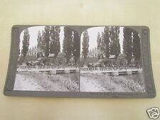 WW1 STEREOVIEW - GUNS OF THE ROYAL FIELD ARTILLERY GOING OVER A BRIDGE