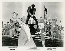 WALT DISNEY MERLIN THE SWORD IN THE STONE 1963 VINTAGE PHOTO ORIGINAL N°2