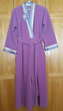 Vanity Fair Robe Vintage Velour Womens Size P Small Lavender Purple Has Pockets