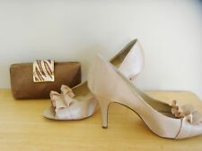 Nine West Ladies Satin tan heels pumps size 8.5 w Sparkling Clutch Purse & strap