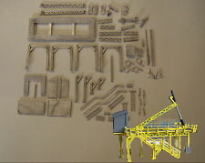 P&D Marsh N Gauge N Scale M9 Bulk container tipping frame kit requires painting