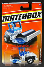 2011 Matchbox #43 Road Roller® WHITE/BLUE/RR220 UNIT 9/MOC