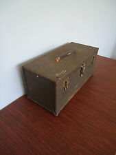 VINTAGE KENNEDY METAL CARRYING TOOL BOX W/TRAY MOD. CS-16