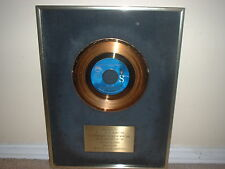 "BT EXPRESS GOLD RECORD AWARD 45 NON RIAA  ""DO IT TILL YOUR SATISFIED"""