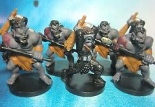 Dungeons & Dragons Miniatures Lot  Orc Savage Orc Brute Attack !!  s104