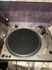 Gorgeous Technics SL-1700  Direct DriveTurntable TESTED TURNS ON AND FUNCTIONS!!