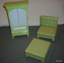FURNITURE PLAYSET BARBIE DOLL ARMOIRE CLOSET CHAIR & OTTOMAN CONVERTS /LBED  969