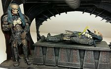 "MCFARLANE - AVP ALIEN vs PREDATOR 7"" Birth Of The Hybrid Set Loose Action Figure"