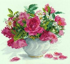 Roses and Daisies ALISA Cross Stitch Kit
