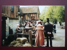 POSTCARD B1 BUCKINGHAMSHIRE CUDDINGTON - FILM CREW FILMING OLIVER TWIST