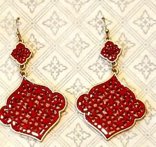 Dark Red Lace Acrylic 2 Quatrefoil Dangle Earring Gold Metal