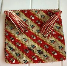 Exquisite Early Antique beadwork bag pouch purse, silk lined, hand beaded.