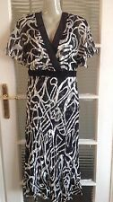ladies  cattiva black and white colour pattern dress  size:12UK new