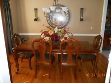 Formal dining room set by Thomasville