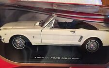1964 1/2 Ford Mustang White Convertible 1/18 Scale Diecast Collection Motor Max