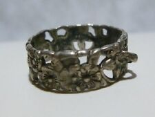 WOMENS SMALL STERLING SILVER ART DECO WEDDING TYPE RING BAND WITH CHARM HOOK