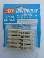 Peco IL-121 Concrete Type Sleepers x 96 & Rail Fixings x 200 (approx.)