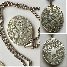 Victorian Atheistic Movement Oval Silver Locket With Chain collarette Leaves