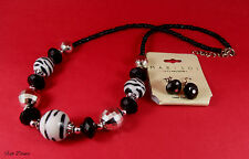 MARYSOL. BLACK, WHITE & SILVER NECKLACE & EARRING SET (18)