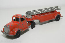 TOOTSIETOY TOOTSIE TOY FIRE TRUCK WITH LADDER TRAILER EXCELLENT CONDITION