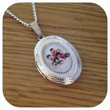 One**direction ** BOY ** BAND 1D Locket necklace (k)