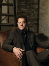Brendan Fraser UNSIGNED photo - D2138 - The Mummy, Bedazzled & Encino Man